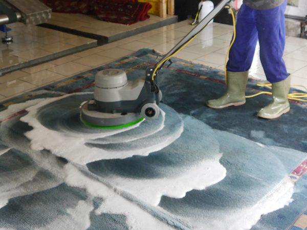 شركة تنظيف بالدمام 0506051316 تنظيف منازل و فلل و شقق بالدمام